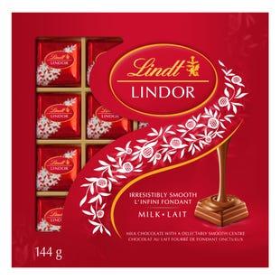 Lindt LINDOR Milk Chocolate Squares Box 144g